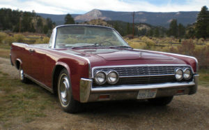 1962 Lincoln Maroon